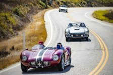 Classic-cars-at-Big-Sur