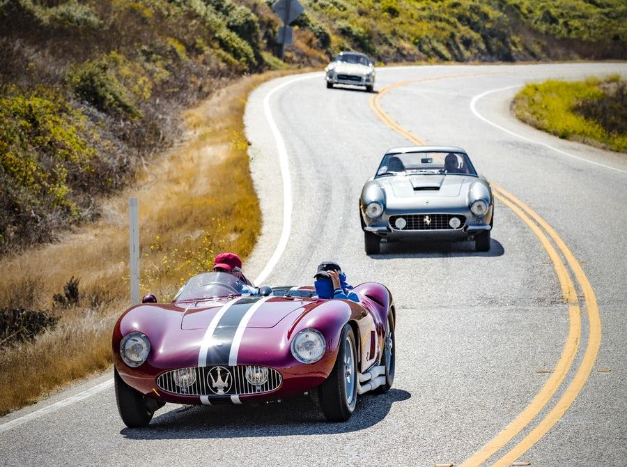 Classic-cars-at-Big-Sur