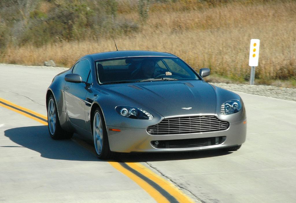 Aston Martin Vantage V8 2006 precio