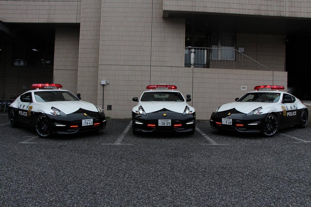 Nissan 370Z Policía Tokio