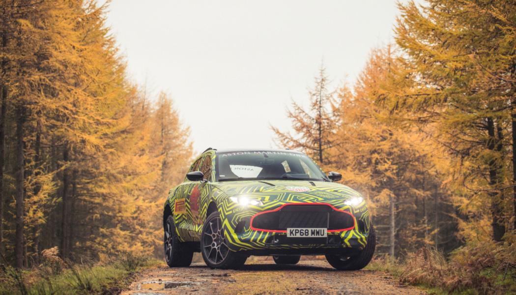 Aston-Martin-DBX-Frontal