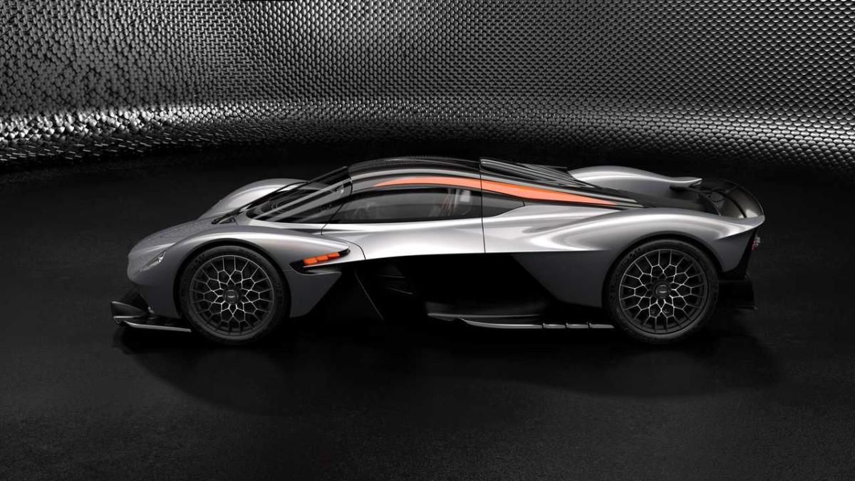 Aston Martin Valkyrie AMR Track Performance Pack Spirit