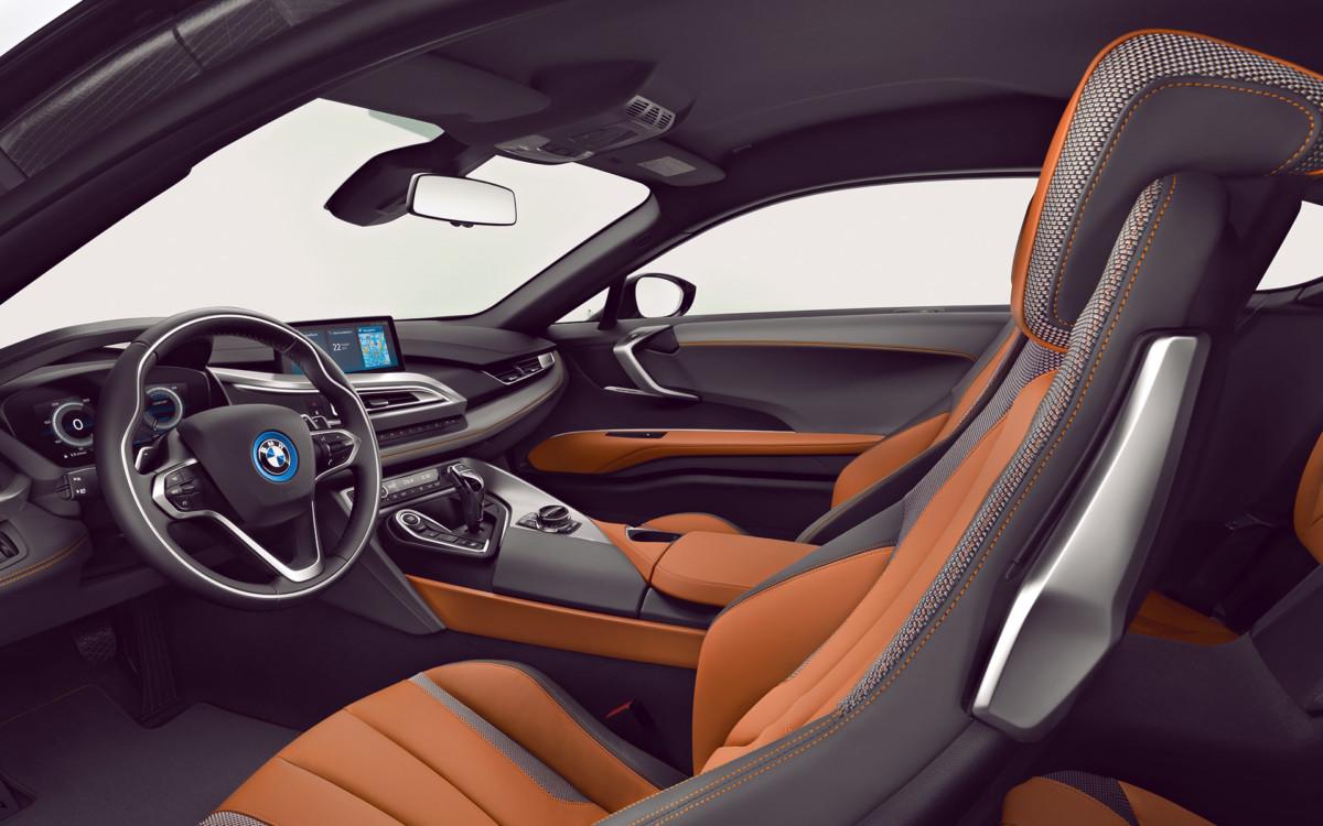 BMW i8 Coupé 2018 Interior