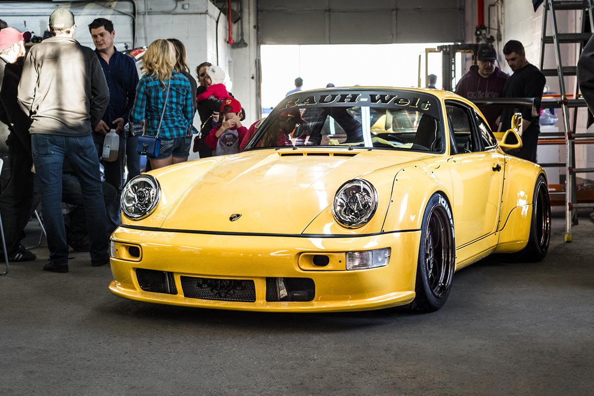 Porsche-911-964-RWB-Speed-Yellow