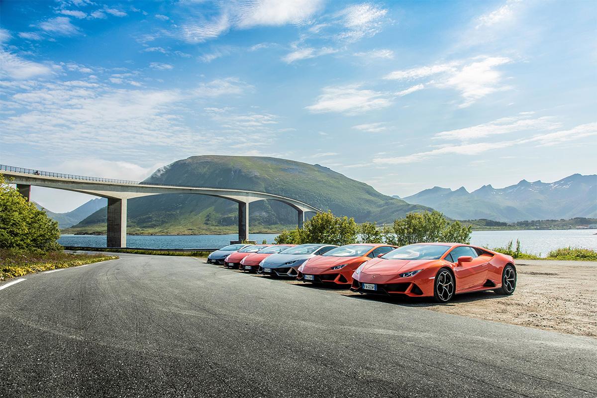 Lamborghini Avventura 3