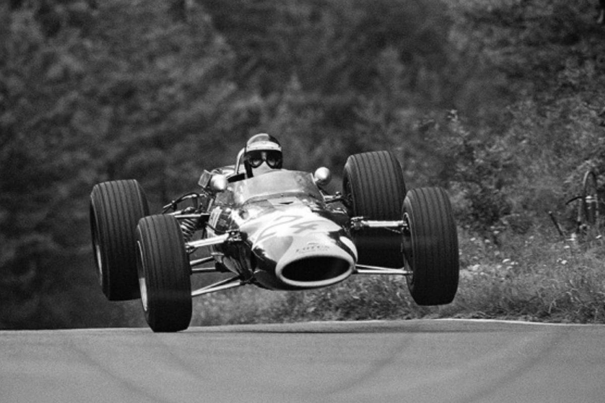 Jackie Stewart en el circuito de Nürburgring