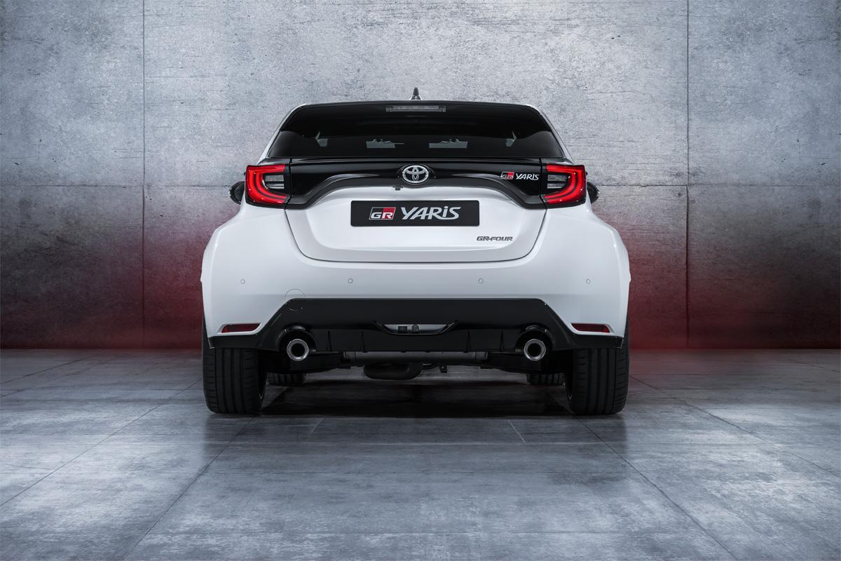 Toyota GR-Four Trasera
