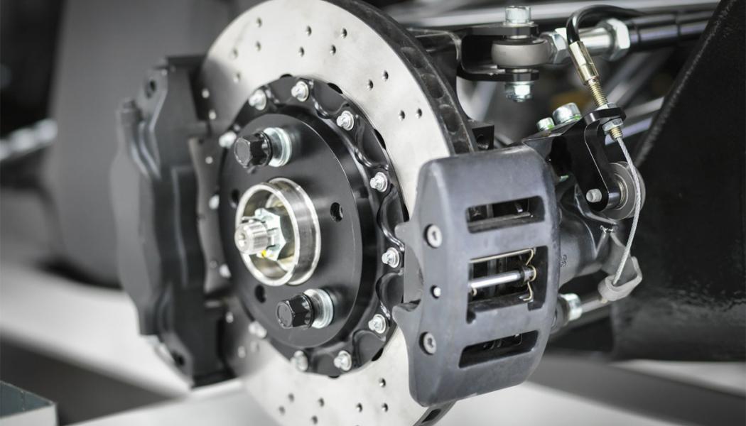 Como funciona los frenos de un coche