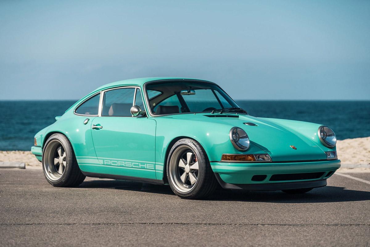 Singer-Porsche-911-Verde-Menta