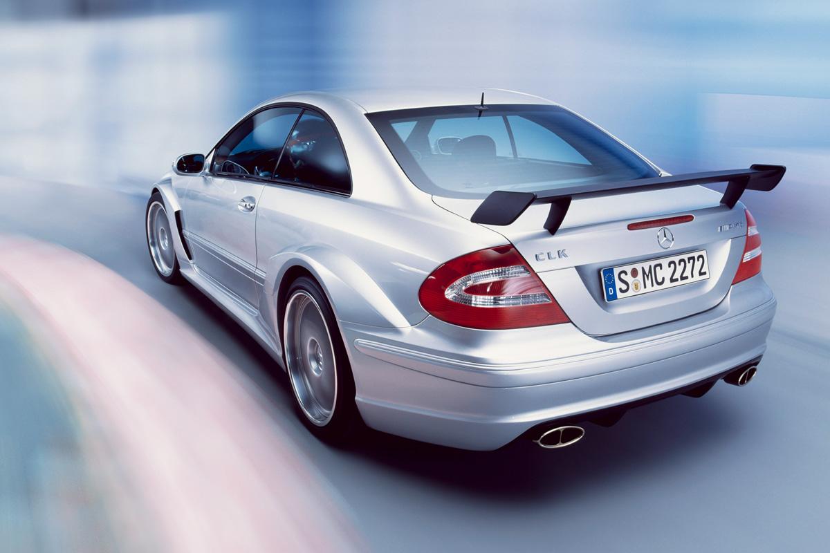 Mercedes-Benz-CLK-DTM-AMG-Trasera