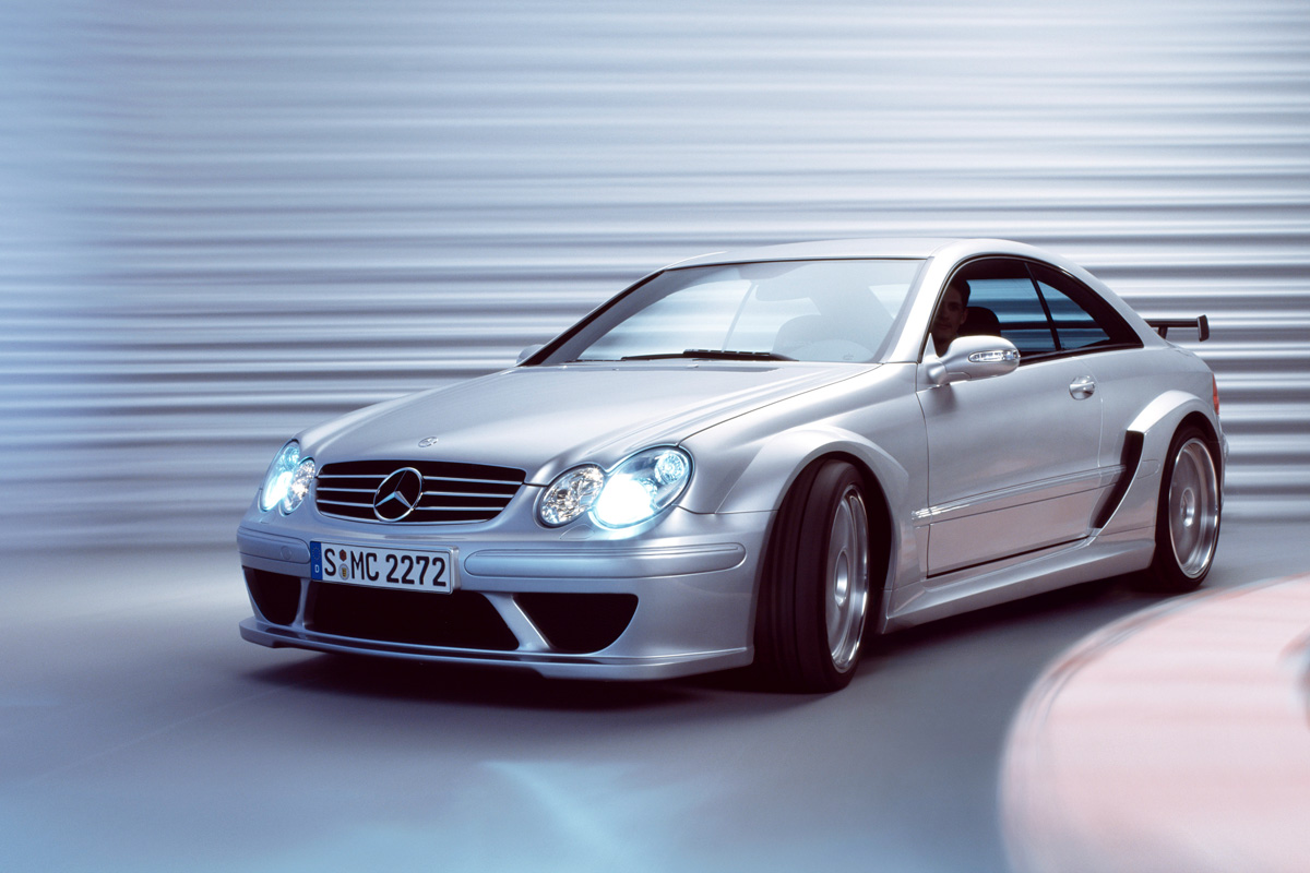 Mercedes-Benz-CLK-DTM-AMG